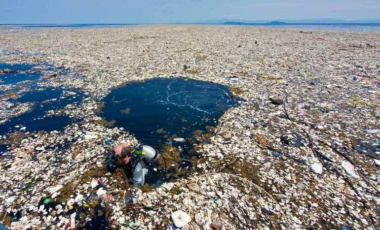 Мусорное пятно в океане