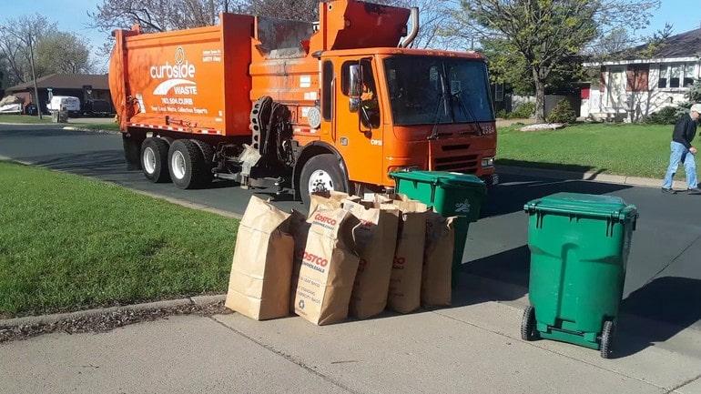 Вывоз мусора со двора