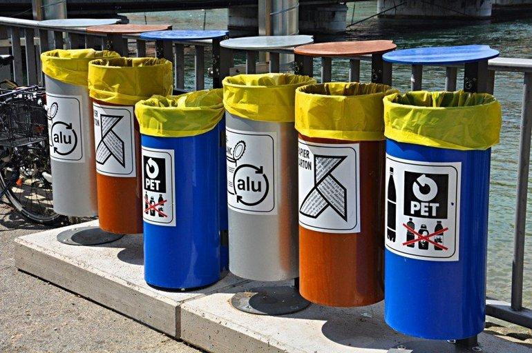 Контейнеры для мусора в Швейцарии